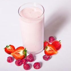 Йогурт фруктовый 3,2%